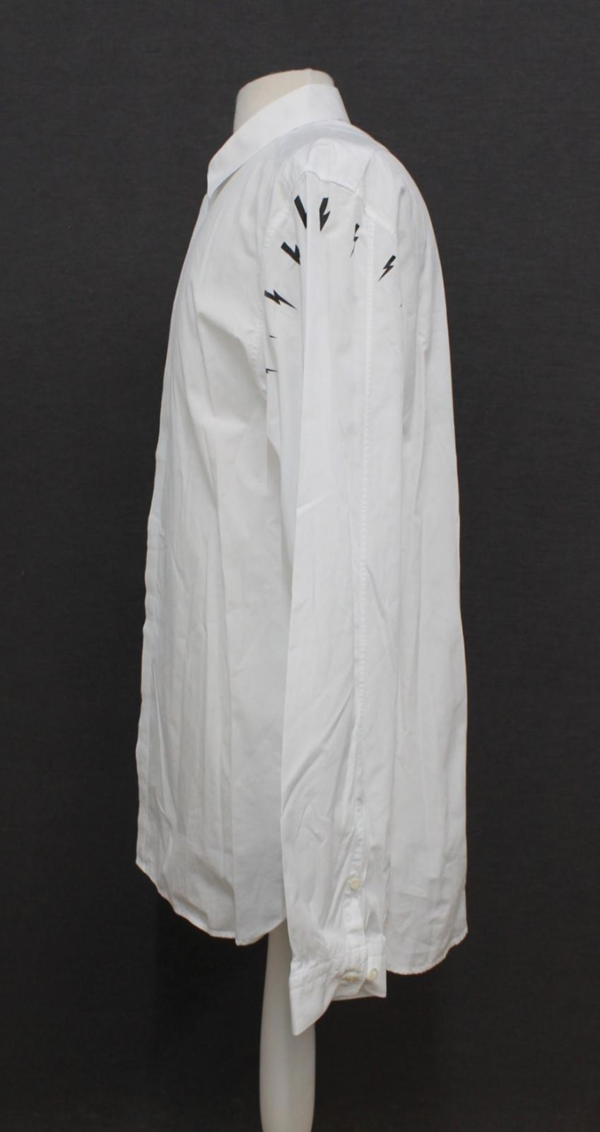 Neil-barrett-hombre-blanco-de-algodon-manga-de-Rayo-con-cuello-camisa-tamano-17-5-034 miniatura 6