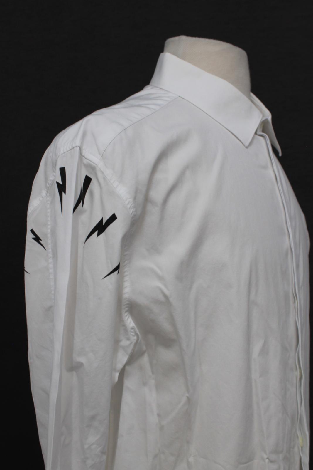 Neil-barrett-hombre-blanco-de-algodon-manga-de-Rayo-con-cuello-camisa-tamano-17-5-034 miniatura 9