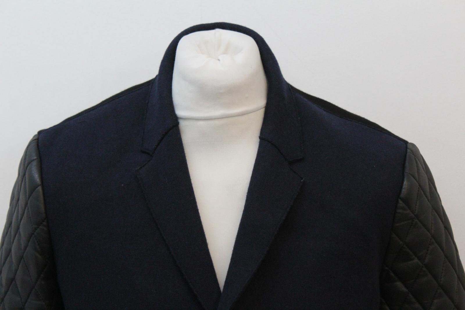 Neil-Barrett-Hombre-Azul-Marino-Imitacion-Cuero-Chaqueta-Blazer-Manga-IT50-UK40 miniatura 3