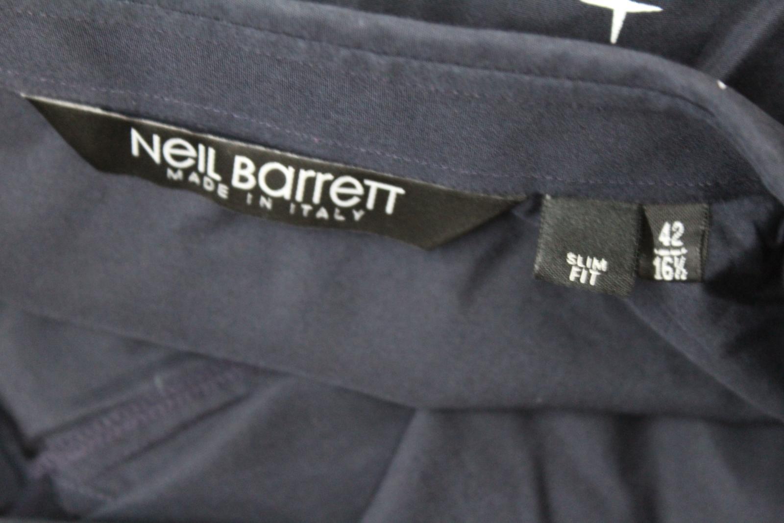 Neil-Barrett-Hombre-Azul-Marino-Blanco-Cuello-De-Camisa-formal-calce-Cruz-16-5-034-42cm miniatura 8