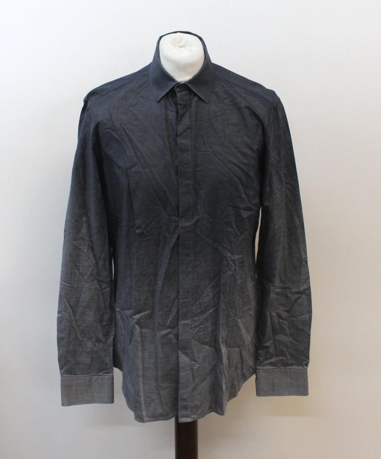 Neil-Barrett-Hombre-Luz-Gris-Oscuro-Algodon-Slim-Fit-Camisa-Cuello-Ombre-16-5-034-42cm miniatura 2