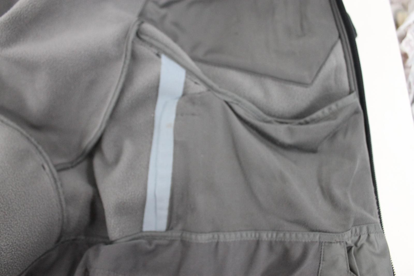 81aad948a57 Salomon Homme Isolé Noir Stretch Imperméable à Capuche Veste Ski ...