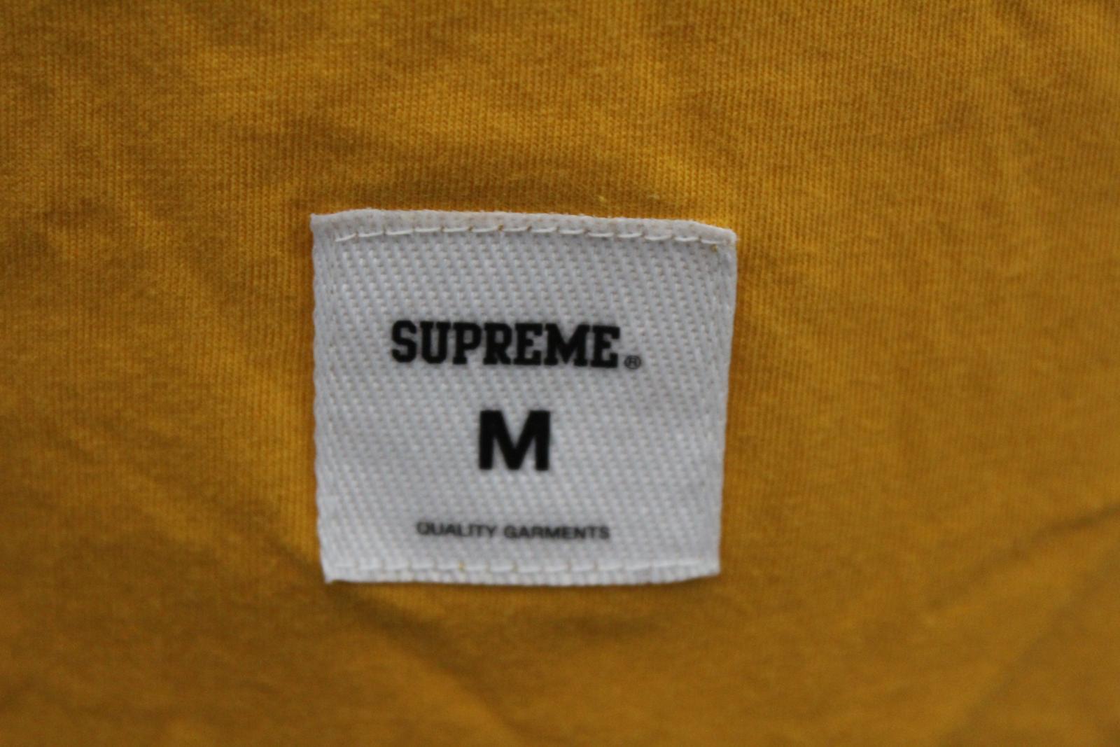 84cca9a55c1e SUPREME Men's Yellow Cotton Short Sleeve Vampirella Graphic T-Shirt Size M  4 4 of 12 ...