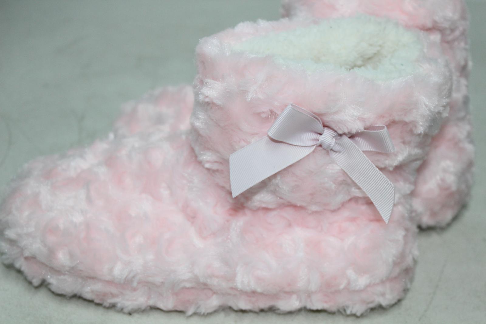 CHIC PRINCESS Girls Pink Fluffy Winter Warm Slipper Shoe Boots UK5 EU38 BNWT 5