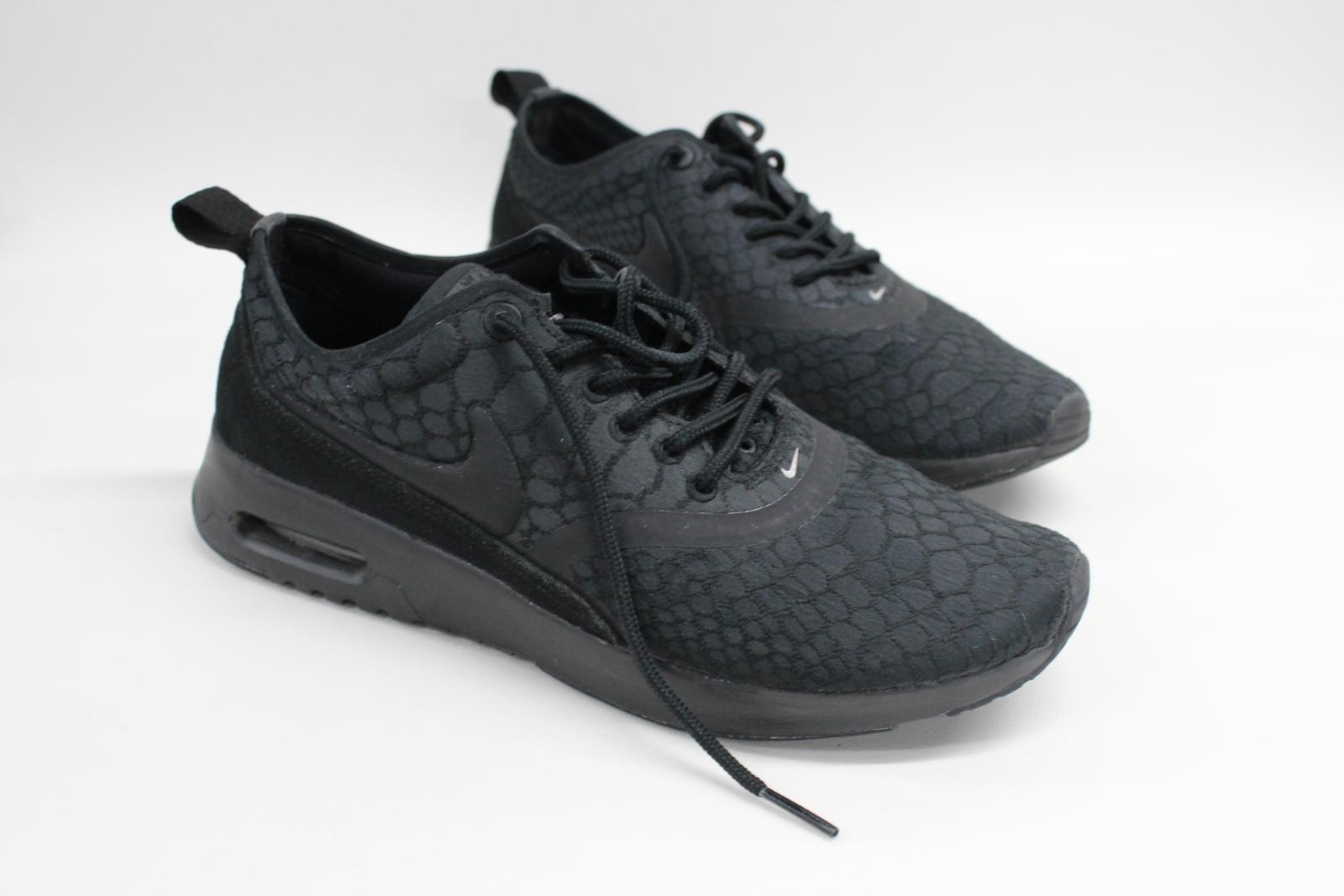 Nike-Air-Max-Thea-Ultra-Femmes-Baskets-noir-sportswear-Taille-UK4-5-EU38 miniature 2